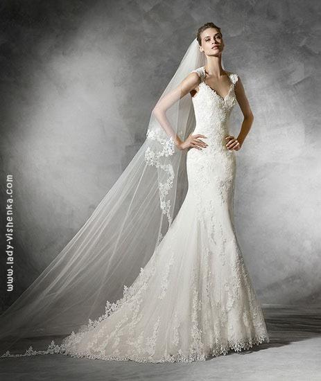 Саме весільну сукню русалонька Pronovias