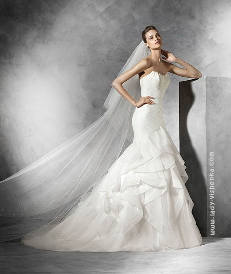 Саме весільну сукню русалонька 2016 Pronovias