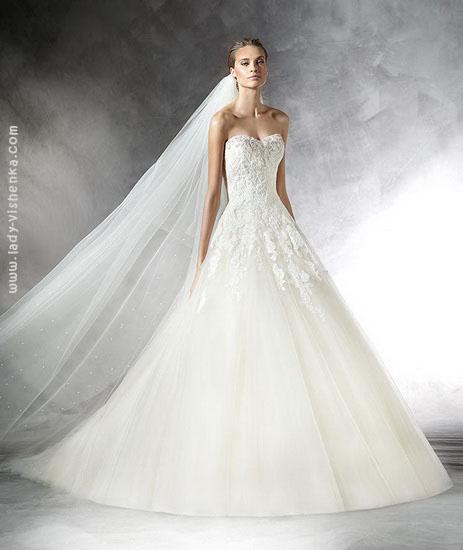 Пишні весільні сукні 2016 Pronovias