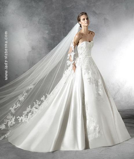 Пишні весільні сукні фото Pronovias