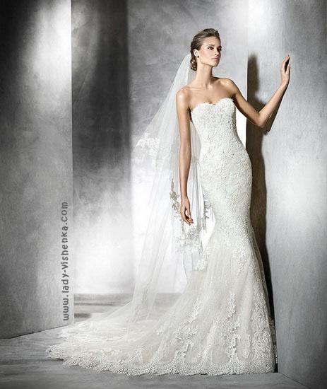Весільну сукню русалонька зі шлейфом Pronovias