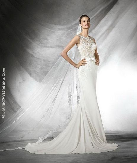Весільну сукню рибка з мереживом Pronovias