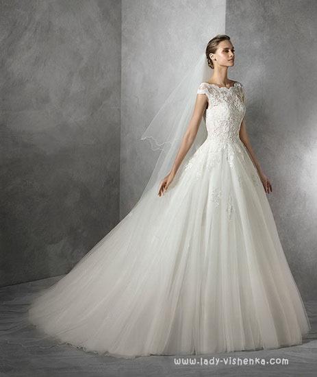 Пишні весільні сукні Pronovias