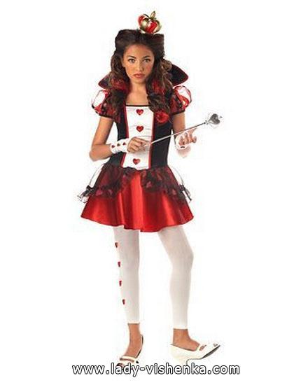 Простий костюм Королеви Черв'яків на Хэллоун