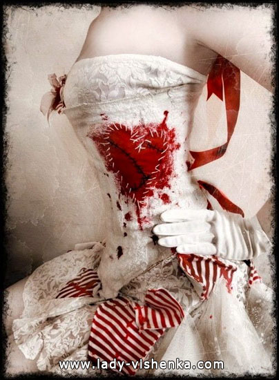 Оригінальне плаття Королеви Черв'яків на Хеллоуїн