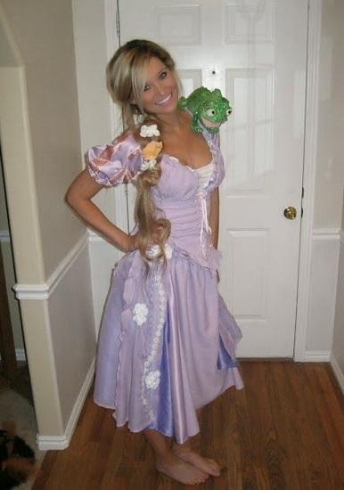 Красивий костюм Рапунцель на Хеллоуїн