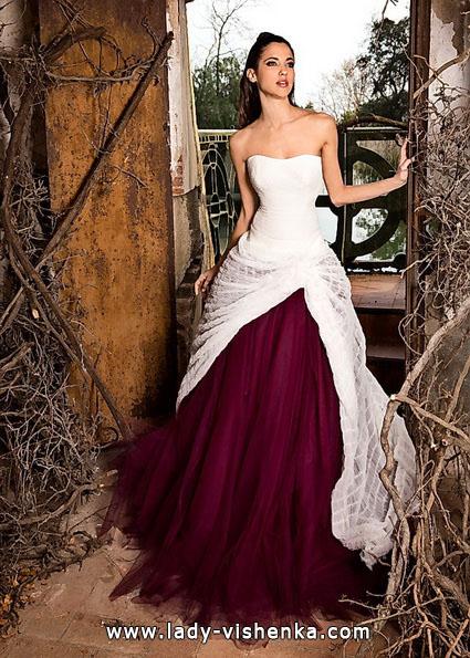 Червоні весільні сукні фото - Jordi Dalmau