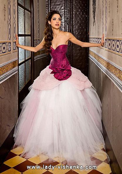 Весільні сукні з червоними елементами - Jordi Dalmau