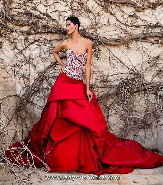 Червоне весільне плаття - прикмети - Jordi Dalmau