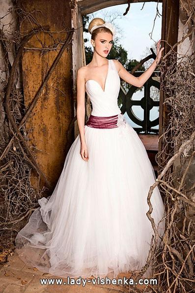 Весільні сукні з червоним поясом - Jordi Dalmau
