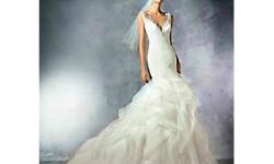 Атласне плаття - русалка - Pronovias