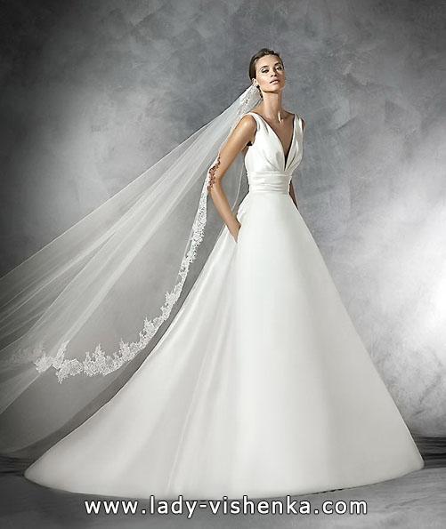 Весільну сукню з атласу 2016 - Pronovias