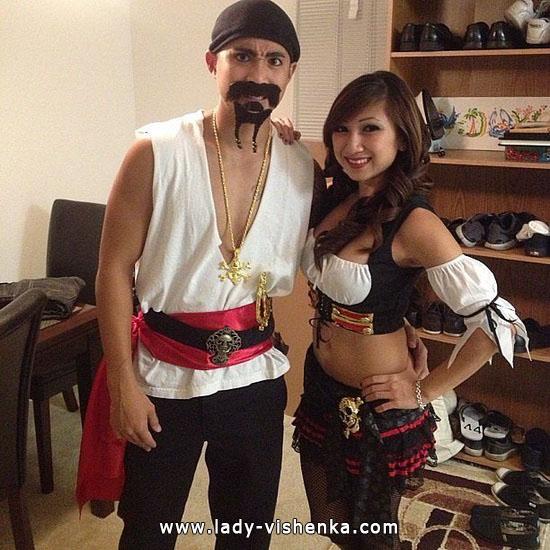 Пірат і піратка - костюм для пари на Хеллоуїн