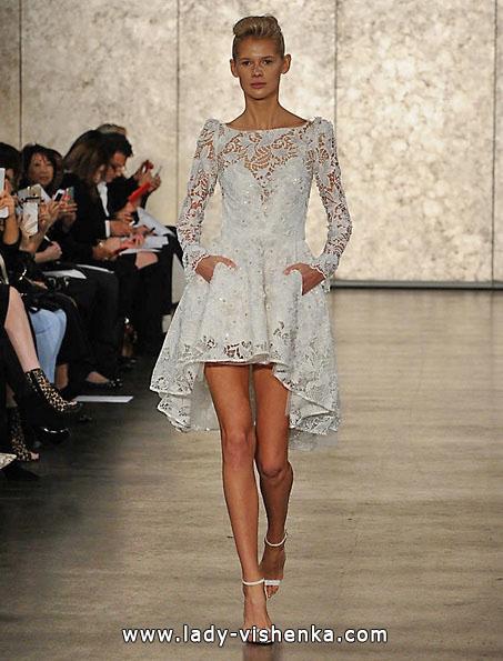 Мереживна коротке весільне плаття з рукавами - Inbal Dror