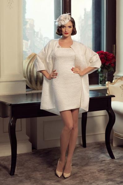 Коротке весільне плаття з довгим рукавом 2016 фото - Tatiana Kaplun