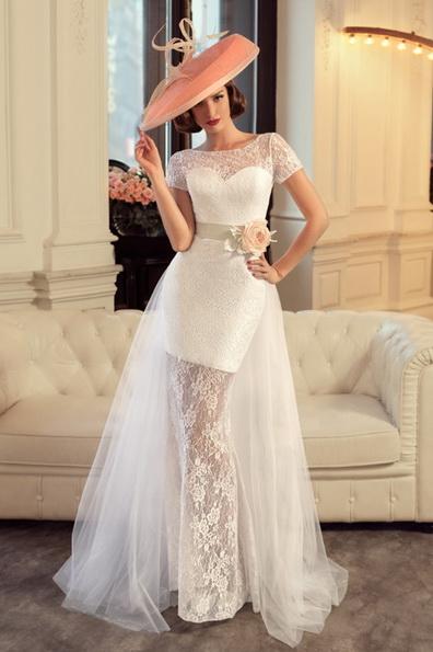 Коротке весільне плаття з коротким рукавом - Tatiana Kaplun
