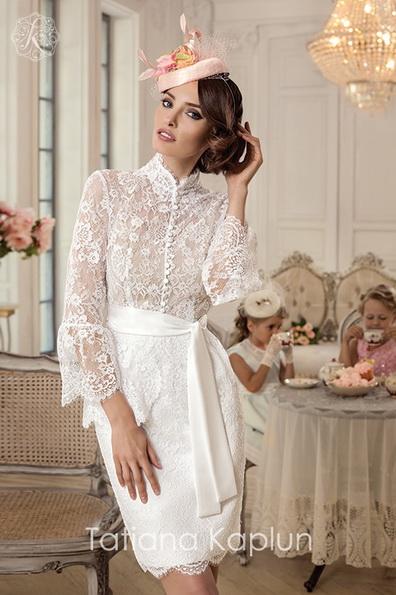 Короткі весільні сукні з мереживними рукавами - Tatiana Kaplun