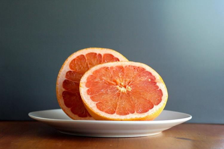 Скільки фруктів потрібно з'їдати в день