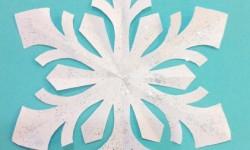 Сніжинки до Нового Року своїми руками