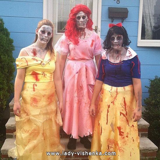 Зомбі Білосніжка на Хеллоуїн