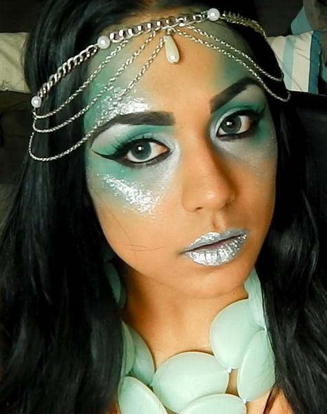 Страшний макіяж на Хеллоуїн