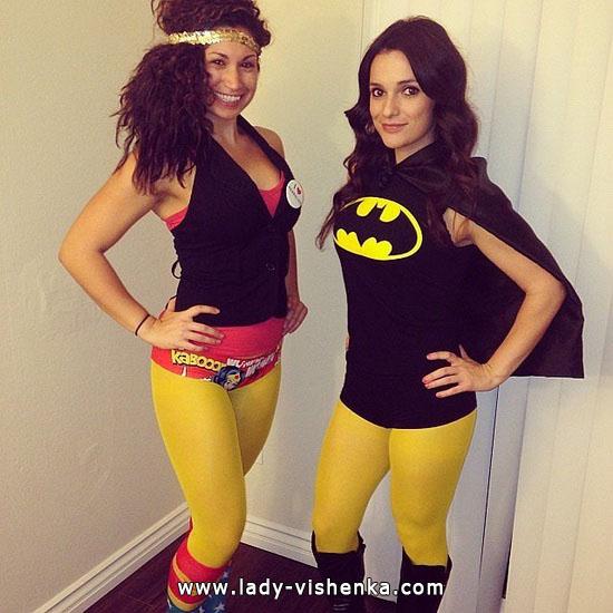 Дівчата - супер герої на Хеллоуїн