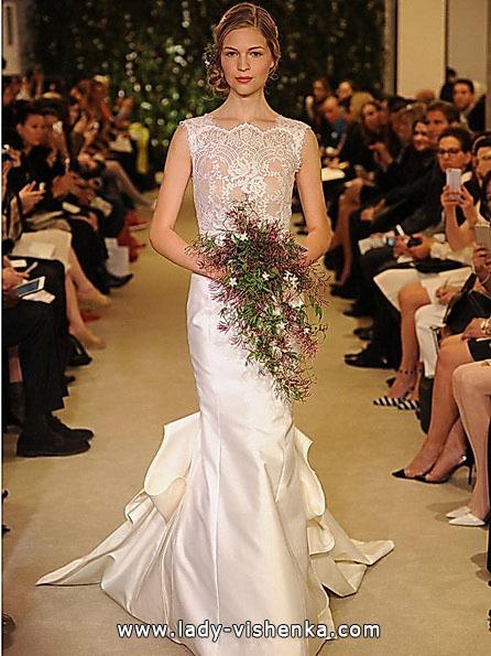 Весільну сукню рибка з шлейфом - Carolina Herrera