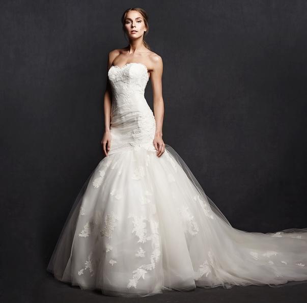 Весільну сукню рибка з шлейфом - фото - Isabelle Armstrong