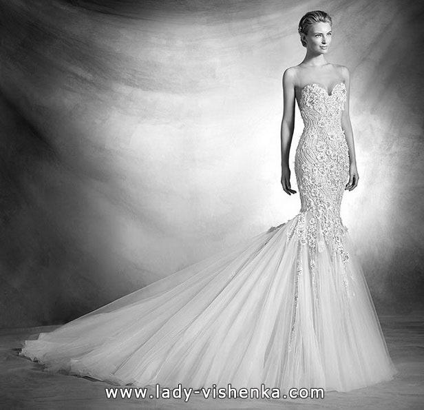 Весільну сукню рибка з шлейфом і 3D