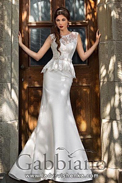 Весільну сукню рибка з шлейфом - Gabbiano