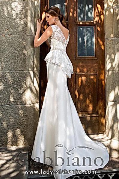 Модну весільну сукню рибка з шлейфом - Gabbiano