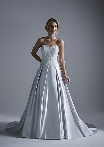 Весільну сукню з атласною спідницею Opulence 2016