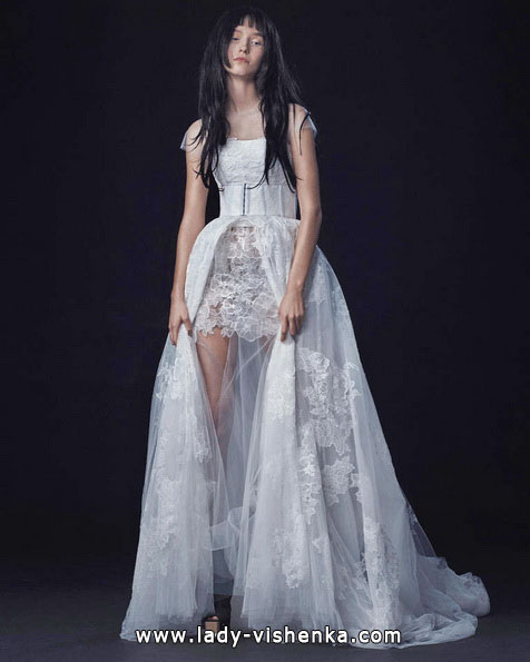 Весільну сукню короткий спереду - ззаду шлейф - Vera Wang