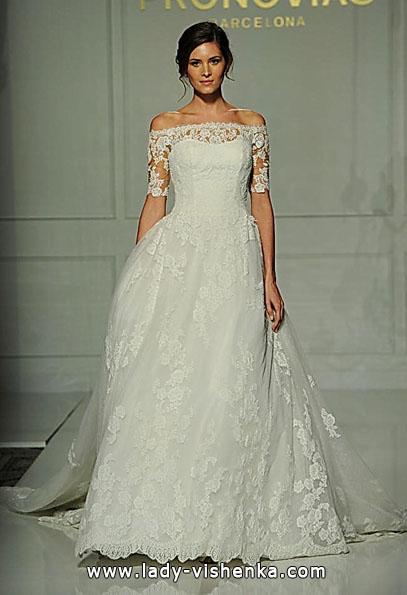 Мереживні весільні сукні з довгим рукавом - Pronovias