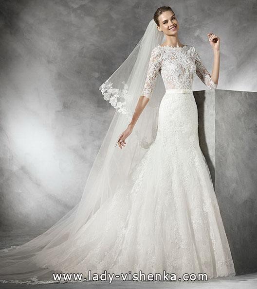 Весільна сукня з мереживним рукавом - Pronovias