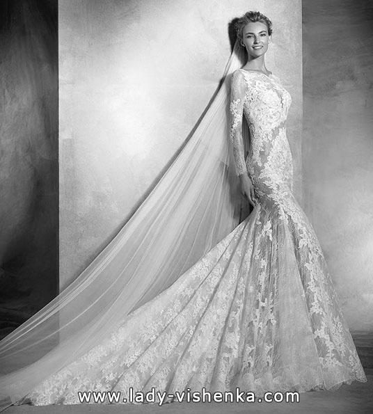 Мереживна весільна сукня з довгим рукавом - Pronovias